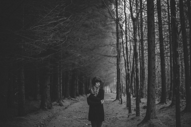 Chantelle lifestyle portraits in the forest dublin ireland beautiful sensual portraiture irish (3)