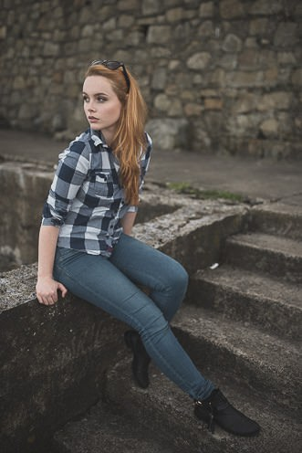 Natural outdoor portraits with megan bea tiernan in Dun Laoghaire Pier Ireland 0012
