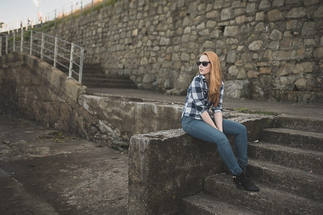 Natural outdoor portraits with megan bea tiernan in Dun Laoghaire Pier Ireland 0013