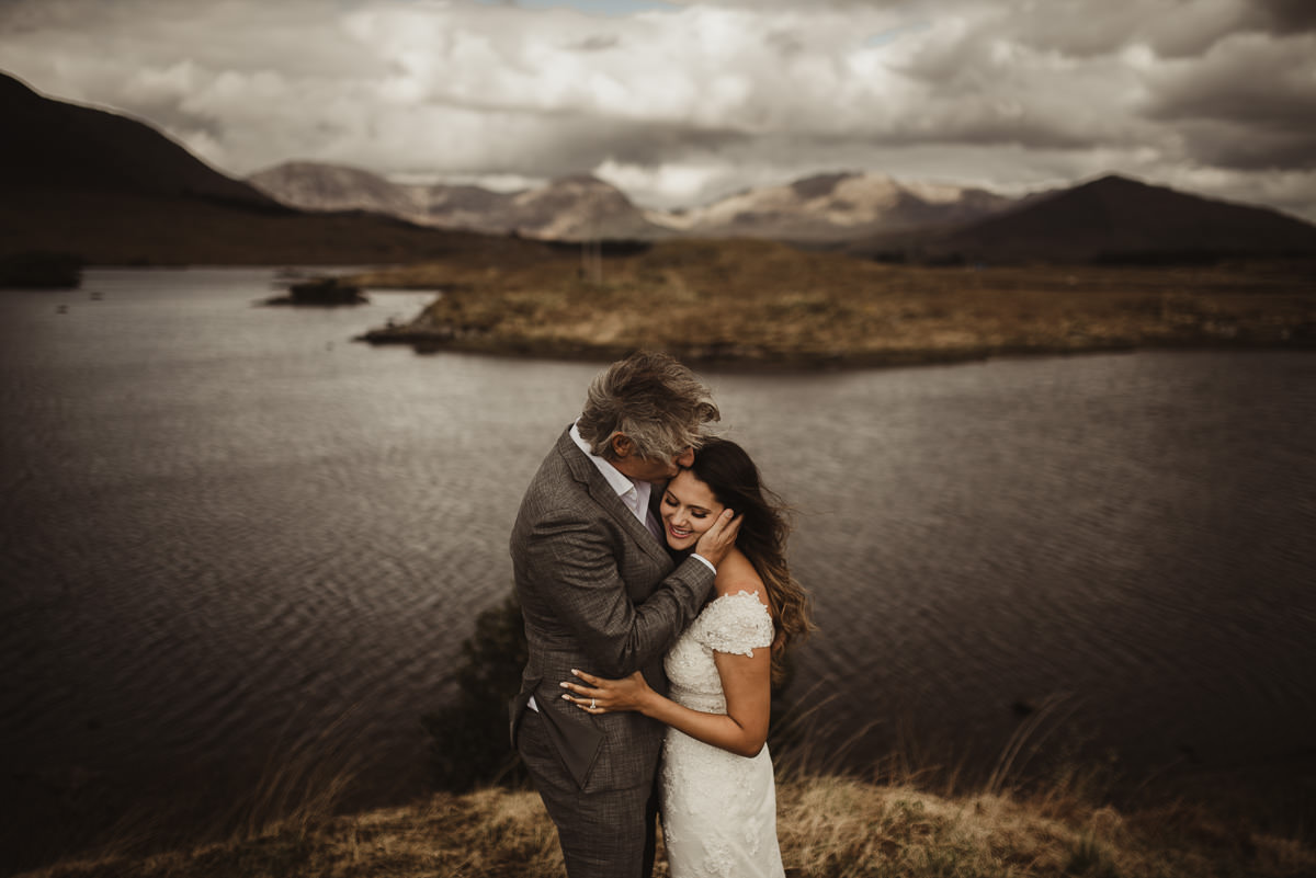 ballynahinch castle ireland wedding elopement connemara mayo beautiful irish wedding 050