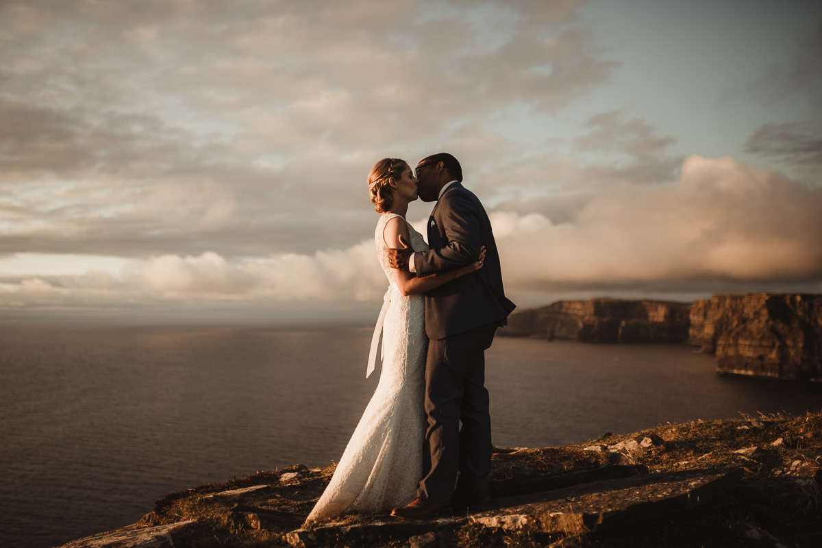 cliffs of moher elopement 033